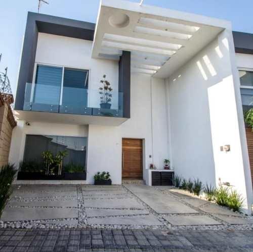 Hermosa Casa En Venta En Angelopolis