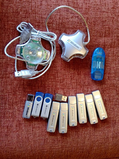 Oportunidad 11 Pendrive De 1 Y 2 Gb + 2 Hub Usb 4 Bocas