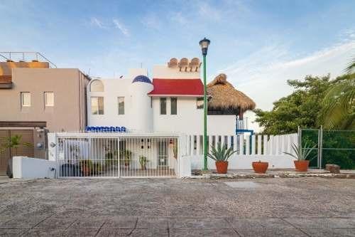 Casa En Venta En Huatulco