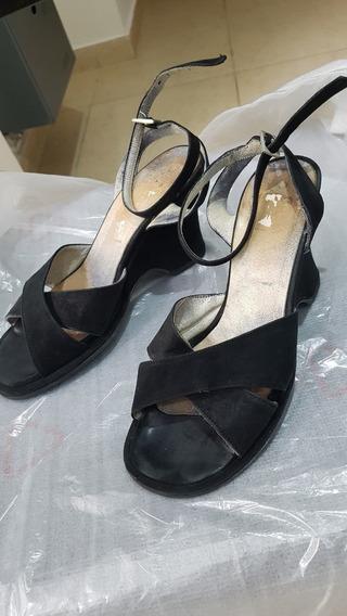 Sandalias Taco Chino Nobuk Elegantes Y Comodas