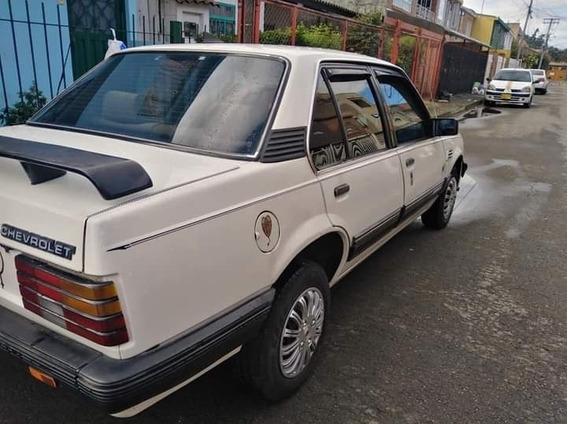 Chevrolet Monza Classic 1.8 Automático