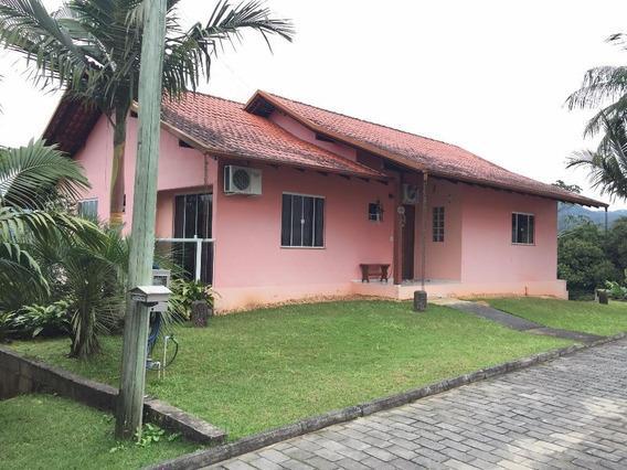 Casa Residencial À Venda, Centro, Pomerode. - Ca0516