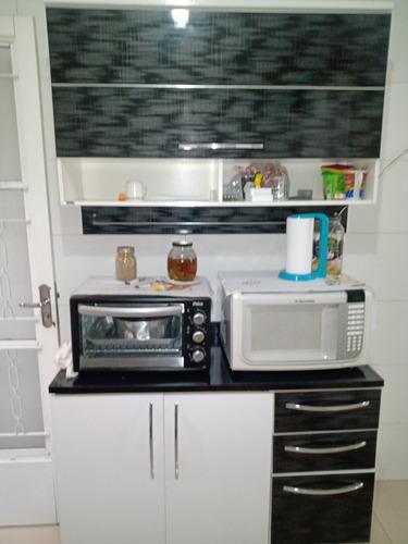 Imagem 1 de 5 de Armário De Cozinha Guarda-roupa Casal Cama Solteiro