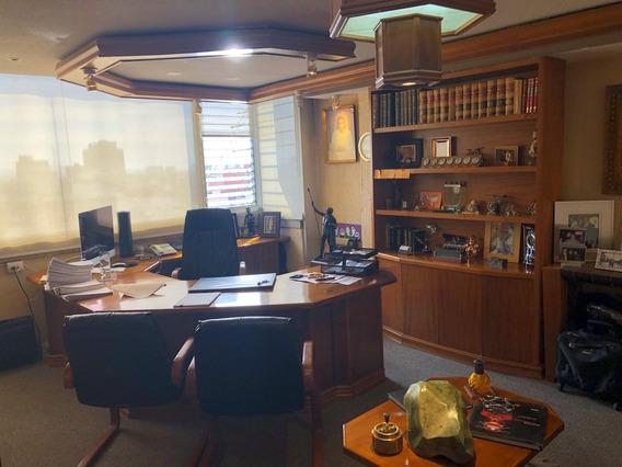 Amplias Oficinas Enfrente Del Wtc