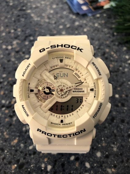Casio G-shock Color Blanco Series Ga-110 Mw Casi Nuevo