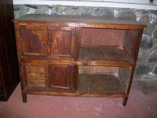 Antigua Mueble De Madera Sólida, Mide 125 X 65 Ctms.