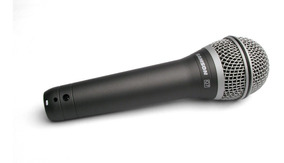 Microfone De Mão Sanson Q7 De Fio Dinamico Supercardióide
