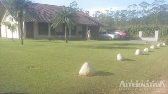 Casa Alvenaria Com Amplo Jardim - 9423