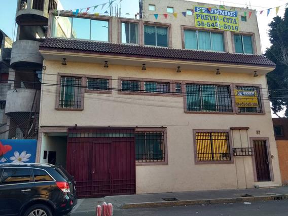 Edificio Con 5 Departamentos
