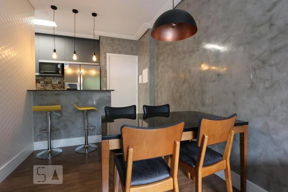 Apartamento Térreo Mobiliado Com 2 Dormitórios E 2 Garagens - Id: 892961972 - 261972
