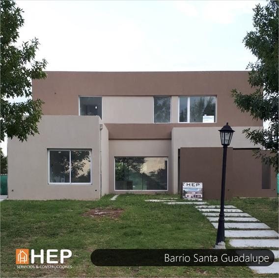 Venta Casa En Barrio Santa Guadalupe - Pilar Del Este