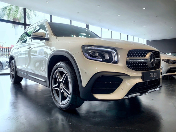 Mercedes Benz Glb 200 Amg Line 4*2 At 2021 - 0km Blanca