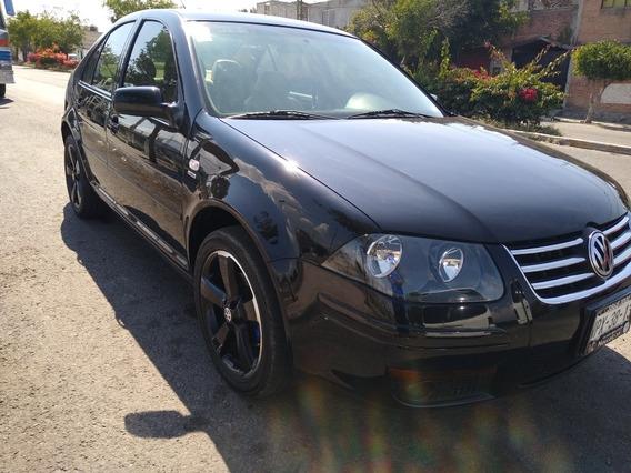 Volkswagen Jetta Clásico 2.0 Gl Black Ed R17 At 2012