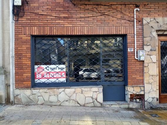 Local A Pasos De Gonzalo Ramirez Y La Rambla