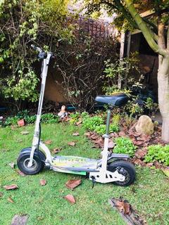 Scooter Eléctrico Con Asiento Casi Sin Uso