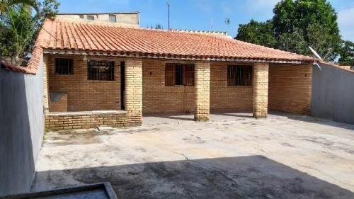 Casa Em Itanhaém, Lado Praia! Com 02 Quartos, Escritura.