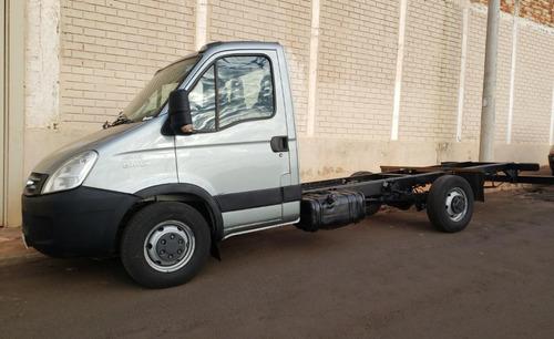Caminhão Iveco Daily 45s14 2011