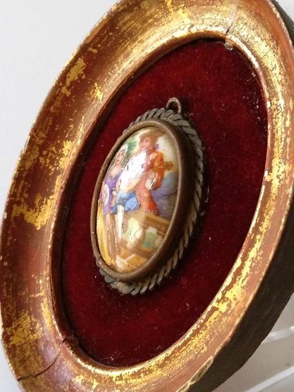Antiguo Camafeo De Limoges, Francia, En Cuadro Miniatura