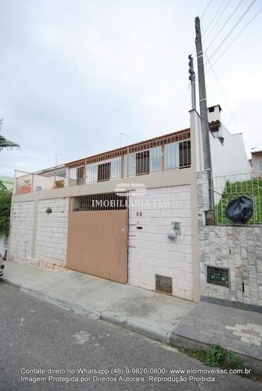 Excelente Casa Lajeada Com Amplas Peças Em Forquilhas - 4037