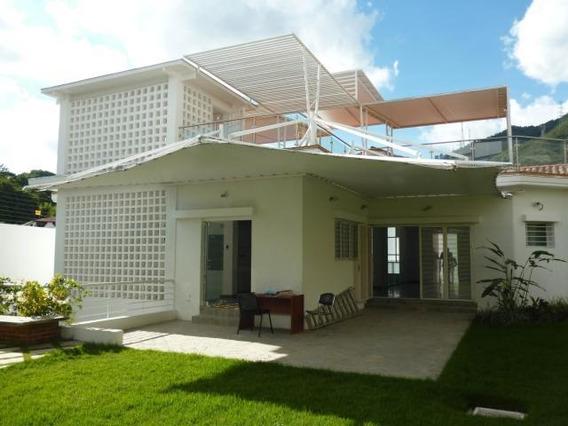 Casa En Venta. Mls #20-12353 Teresa Gimón