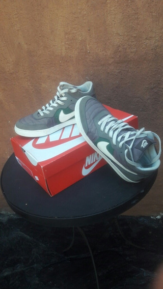 Zapatillas Botita Nike Casi Sin Uso