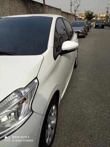 Imagem 1 de 13 de Peugeot 208 2014 1.5 Active Flex 5p