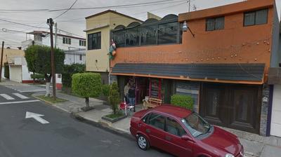 Hermosa Casa De Remate Hipotecario, Zona Privilegiada!