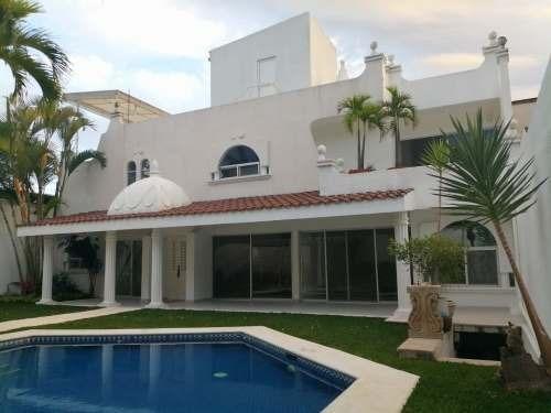 Casa En Palmira, A Unos Pasos Centro Y Autopista