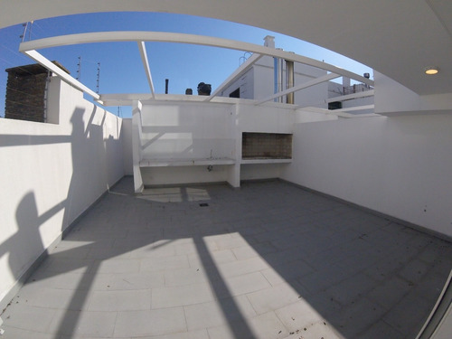 Venta Apartamento Con Parrillero - Malvin - Montevideo