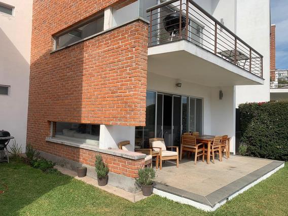 Moderna Casa En Venta Las Cañadas(1036)