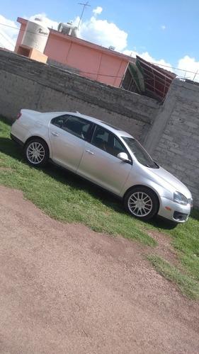 Imagen 1 de 6 de Volkswagen Bora 2007 2.5 Gli Mt