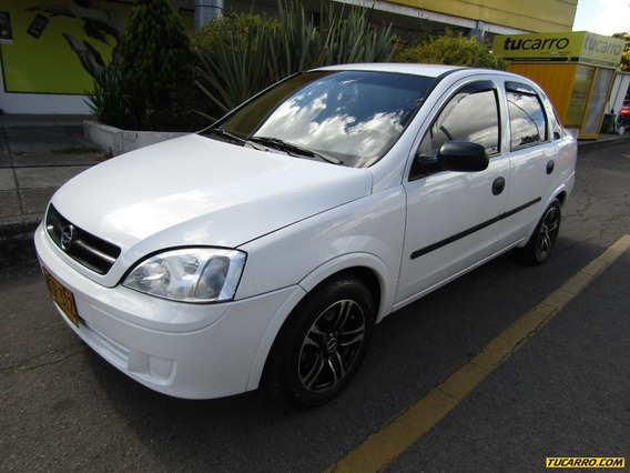 Chevrolet Corsa Evolution 1.8 Gls Mecanico Sedan