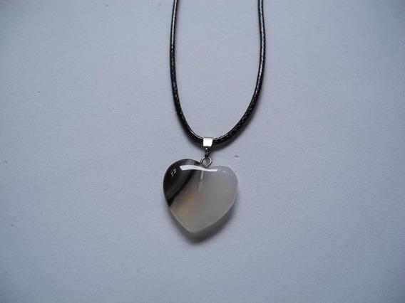 Gargantilha Coração Pedra Natural Cordão Preto Colar