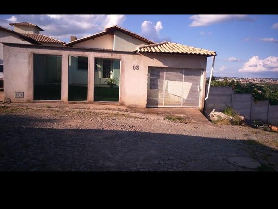 Casa 2/4, Sala, Cozinha, Banheiro, Garagem Coberta, Quintal