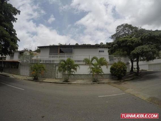 Casas En Venta 19-17060 Josefina Caro 04241566687