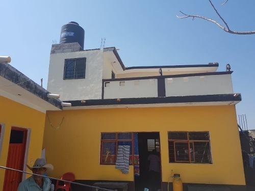 Casa Con Local Comercial, Excelente Precio