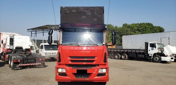 Iveco Tector 2011/11 6x2 ( 291356km) Vermelho (5488)