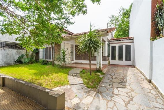 Importante Casa En Olivos 4/amb Con Garage