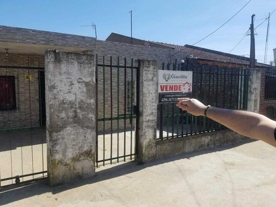 Venta 2 Casas Juntas- 9 De Abril Monte Grande/opcion Compra
