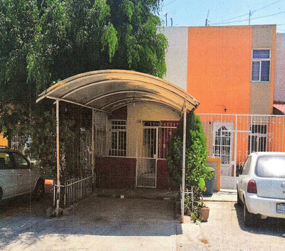Casa Céntrica Oportunidad De Inversión! Por Jose Ma Iglesias
