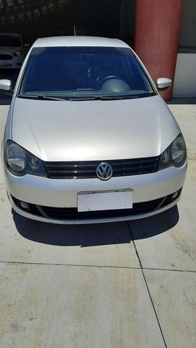 Imagem 1 de 7 de Volkswagen Polo Sedan 1.6