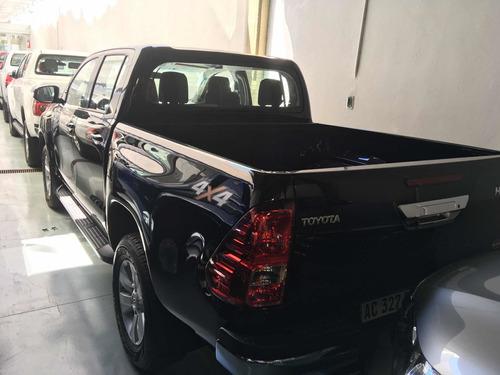Toyota Hilux 2.8 Cd Srv 177cv 4x4 2017