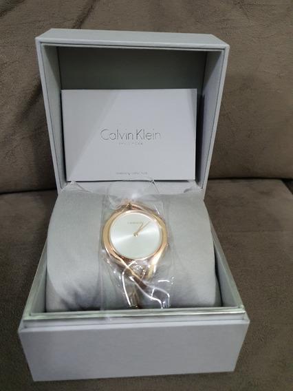 Relógio Calvin Klein Estilo Bracelete