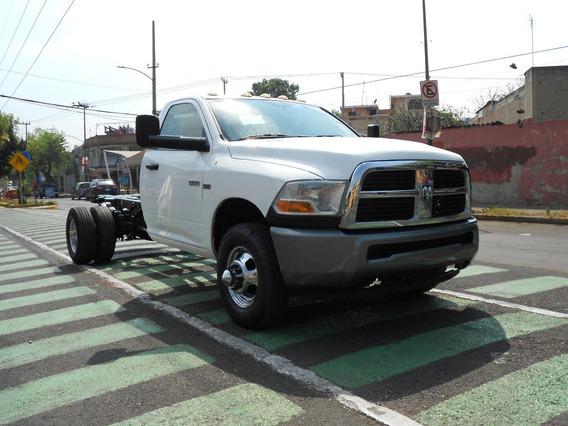 Dodge Ram 4000 2011