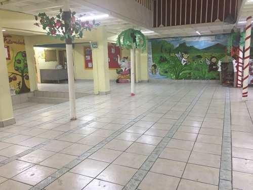 Escuela Primaria En Iztapalapa