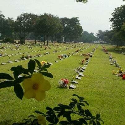 Jazigo Perpétuo No Cemitério Jardim Da Saudade Sulacap