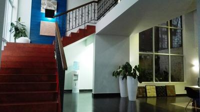 Local De Oficina Y Comercial En Evaristo Morales
