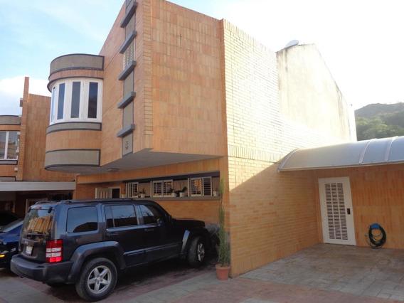 Town House Venta Valles De Camoruco Valencia Cod 19-9661 Ar