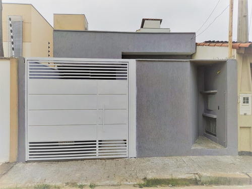 Casa 2 Dormitórios Vila Rubens