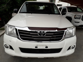 Toyota Hilux 2.7 Chasis Cabina Mt 2015 Blanca